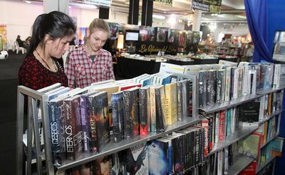 """Concluye campaña """"Un libro, una esperanza"""" con visitas a bibliotecas de Cordillera"""