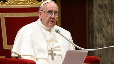 El papa pide llegar a un acuerdo para acabar con el sufrimiento en Venezuela