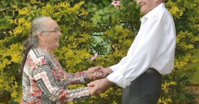 """""""Seguimos enamorados como hace 65 años"""""""