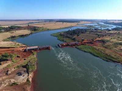 Puente entre Hernandarias y Minga Guazú estará listo en noviembre