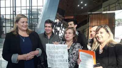 Comisión de Escrache presentó pedido de pérdida de investidura: quieren afuera a Quintana, Rivas y Portillo