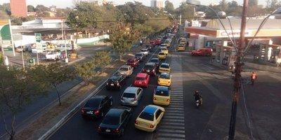 Enjambre amarillo retoma su guerra contra Uber y Muv