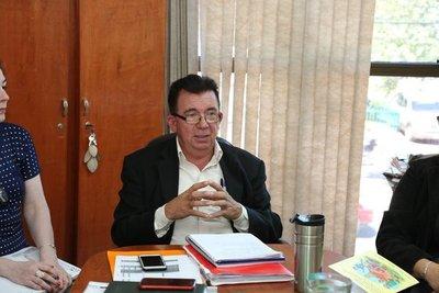 """Director de Tekoporã en modo proselitista en horas de oficina: """"Votar al ministro para ayudarle y mostrarle lealtad"""""""