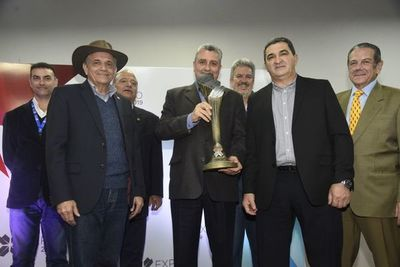 Premio a Villamayor por mejor stand, ¿y en seguridad?