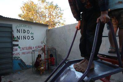 Nido de Niños: Hogar resguarda a niñas madre de la Chacarita