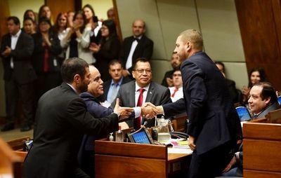 """Diputados rechazarían veto de Marito al """"autoblindaje"""""""