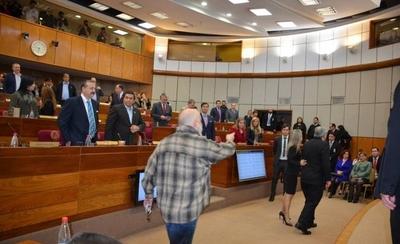 HOY / Corte repudia ofensas de Payo a las ministras