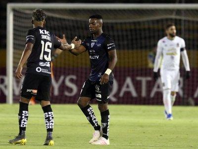 Independiente del Valle pasa a cuartos de final a costa del Caracas