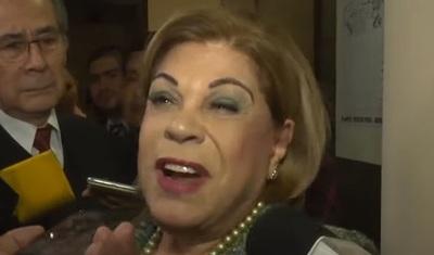 """Desirée publica fotos del paseo en Miami de la ministra """"high level"""""""