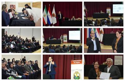 144 servidores públicos de Itapúa recibieron herramientas para la gestión de personas
