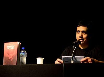 Libros paraguayos en feria de Goya
