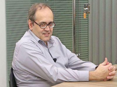 """Analista dice que Payo aplica agenda de provocación para sacar rédito personal: """"No defiende los grandes temas"""""""