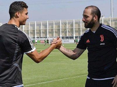 Higuaín se suma a la gira de Juventus, aunque pierde el número 9
