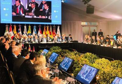 Resaltan facilitación del comercio y el espíritu del acuerdo automotriz