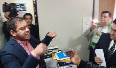 Itá Paraná se niega a entregar administración
