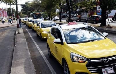 Se consensuó requisitos básicos para que MUV y Uber puedan operar en Asunción