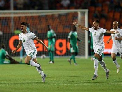 Argelia derrota a Senegal y levanta su segunda Copa África 29 años después