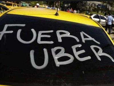 Crean lista de requisitos para que MUV y Uber puedan operar