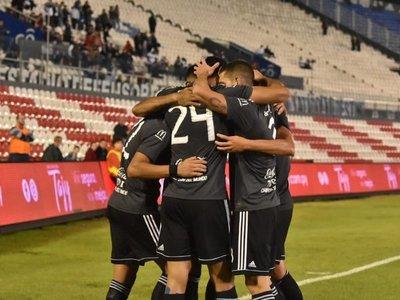 Olimpia gana confianza de cara al juego ante Liga de Quito