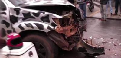 Patrullera que iba detrás de motochorro ocasiona triple choque