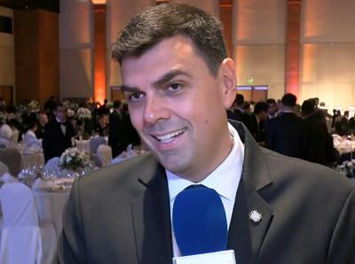 Marco Trovato celebra los 117 años del Olimpia