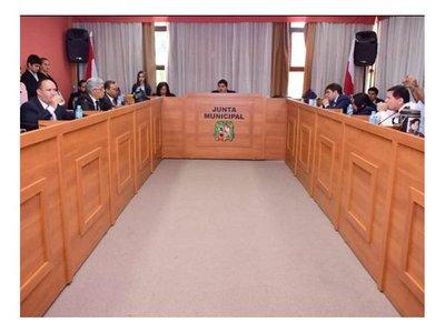 Robaron más de G. 4 millones a periodista en la Junta Municipal
