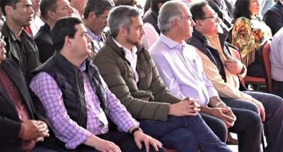Con presencia de Mario Abdo lanzan licitación del Puente en Carmelo Peralta