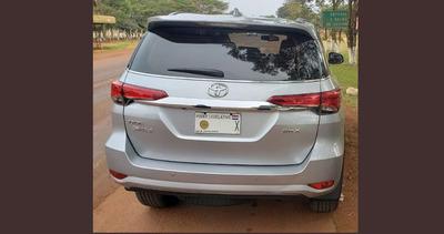 Diputado efrainista culpa a amigo por usar su placa en auto robado