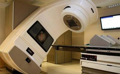 HOY / Familiares y pacientes con cáncer insistirán a Itaipú y EBY compra de equipos para radioterapia