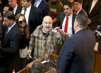 Blas Llano no descarta expulsión del senador Paraguayo Cubas