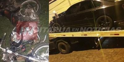 ACCIDENTE FATAL: ATROPELLÓ A UN PERRO, CAYÓ Y FUE ARROLLADO POR OTRO VEHÍCULO