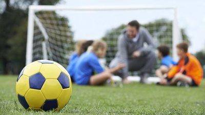 Niño fallece tras jugar un partido de fútbol en Altos