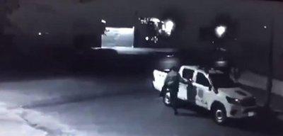 En patrullera buscaron televisor robado y policía lo llevó a su casa