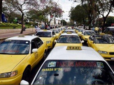 Junta está dando tarjeta roja a universitarios de MUV y Uber