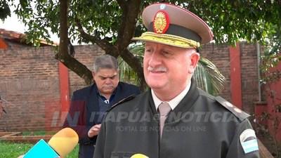 COMANDANTE DE GENDARMERÍA ARGENTINA REGIÓN 6 VISITA A AUTORIDADES DE ITAPÚA