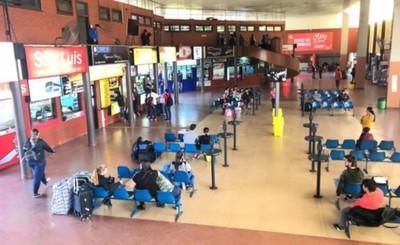 Concejales intiman a Prieto a devolver la terminal a Itá Paraná