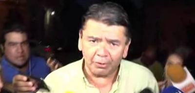 Taxistas furiosos tras reunión con Comandante de la Policía