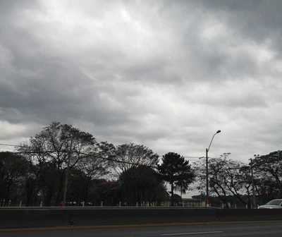 Persisten las lluvias y tormentas para hoy
