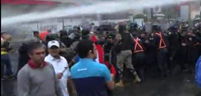 Antimotines accionaron ante desacato de taxistas