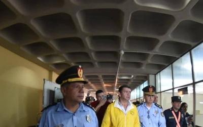 HOY / Por resistencia y perturbación a la paz pública: Arístides Morales y 7 más, imputados