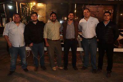 Amena reunión en La Chacra