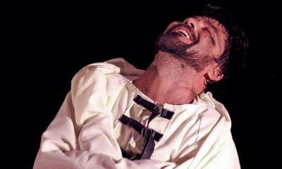 Obra teatral con cuentos de Edgar Allan Poe.