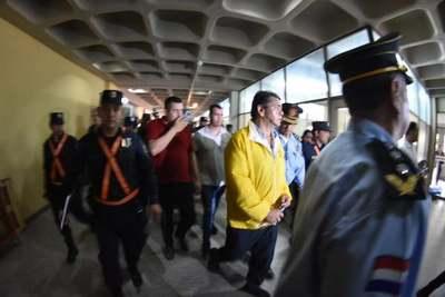 Imputaron a Aristides Morales y otros 7 dirigentes taxistas