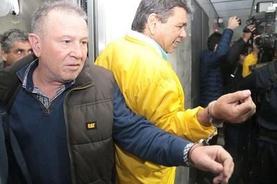 Juez ordena arresto domiciliario para líderes taxistas