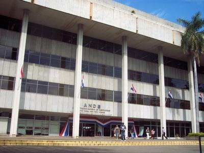 Confirman a Alcides Jiménez como nuevo presidente de la ANDE