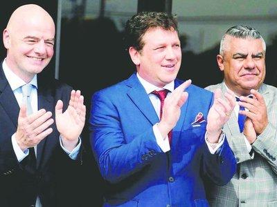 Conmebol sacó a Tapia de FIFA y saltó el Chila