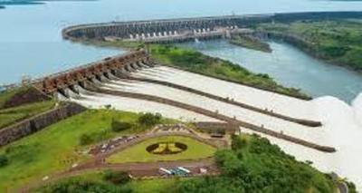 Los puntos que contempla cuestionado acuerdo sobre Itaipú, firmado con Brasil