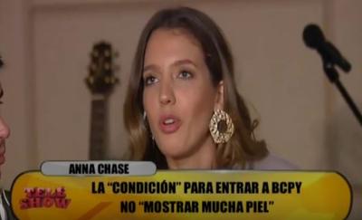 Anna Chase no quiere bailar en tanga