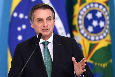 "Bolsonaro afirma que periodista Glenn Greenwald podría ""ir preso en Brasil"""
