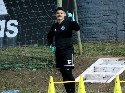 Aguilar suma sus primeros minutos en chancha, tras su operación